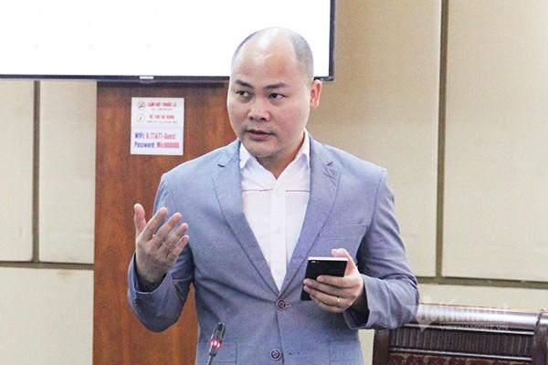 Theo CEO Bkav Nguyễn Tử Quảng, các ngân hàng nên thay việc xác thực mã OTP bằng chữ ký số để tăng khả năng bảo mật. Ảnh: Trọng Đạt