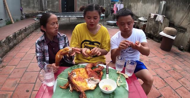 Các con của bà Tân đều sở hữu kênh YouTube riêng.
