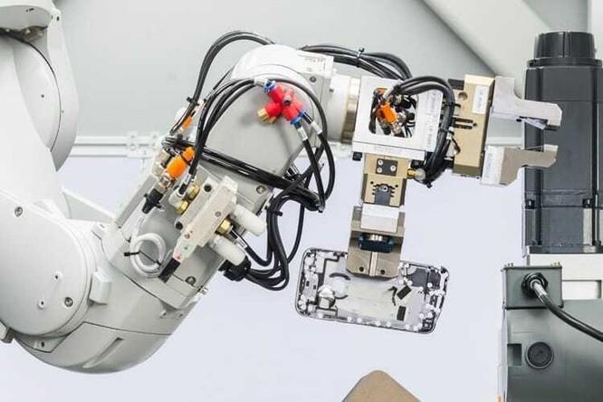 Một robot tái chế của Apple. Ảnh: Apple.