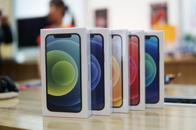 Loạn giá iPhone 12 và 12 Pro ảnh 2