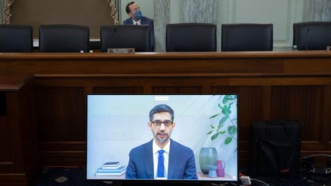 CEO Google, Twitter, Facebook bị 'nướng chín' trong phiên điều trần trước Thượng viện Mỹ ảnh 3