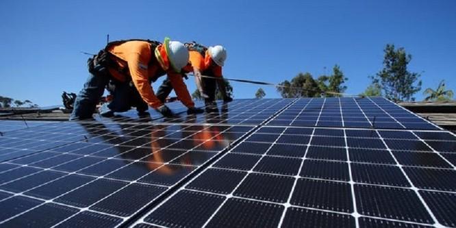 Mảng tối điện mặt trời, nguy cơ ô nhiễm từ pin hết hạn sử dụng ảnh 1