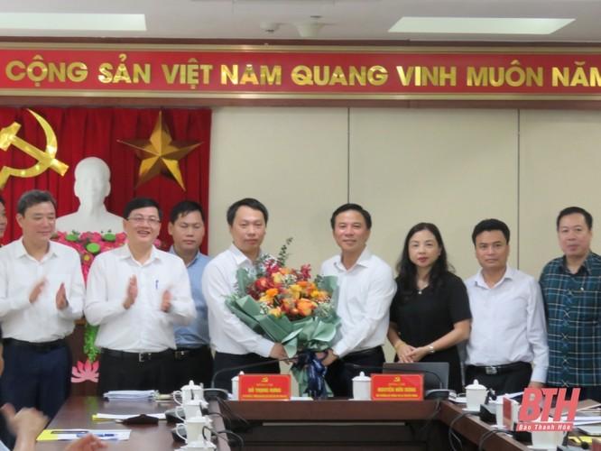 Đoàn công tác Bộ Thông tin và Truyền thông làm việc với Ban Thường vụ Thành uỷ TP Thanh Hoá ảnh 2