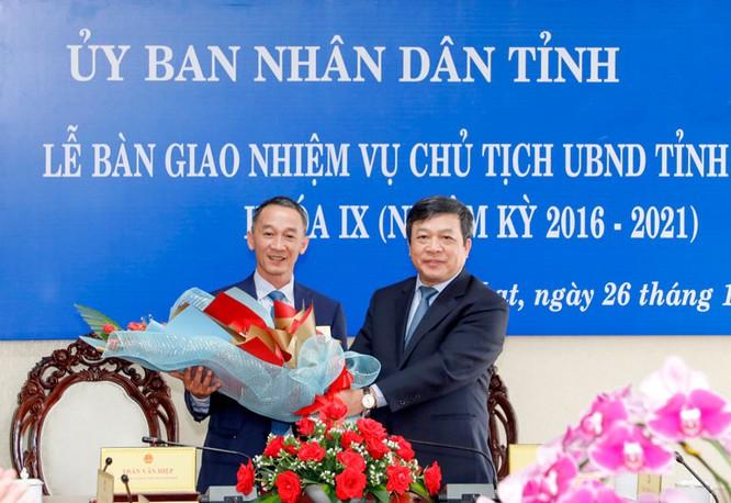 Bàn giao nhiệm vụ Chủ tịch UBND tỉnh Lâm Đồng khoá IX, nhiệm kỳ 2016 - 2021 ảnh 3