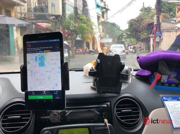 Tăng thuế taxi công nghệ: Ai là người phải gánh? ảnh 1