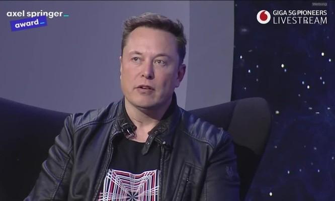 Elon Musk: 'Siêu dữ liệu nguy hiểm hơn bom hạt nhân' ảnh 1