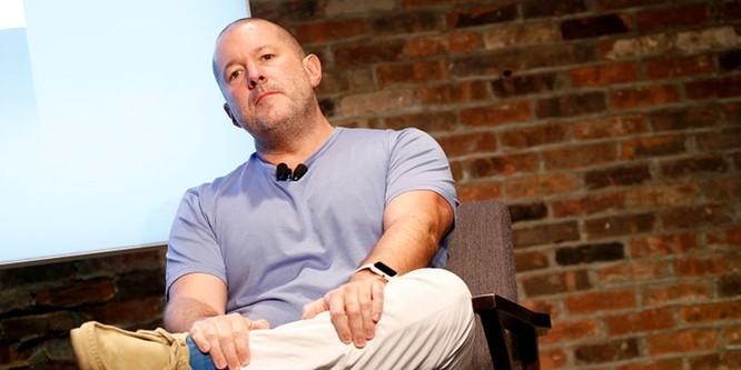 Cựu giám đốc thiết kế iPhone là ứng cử viên CEO Ferrari ảnh 1