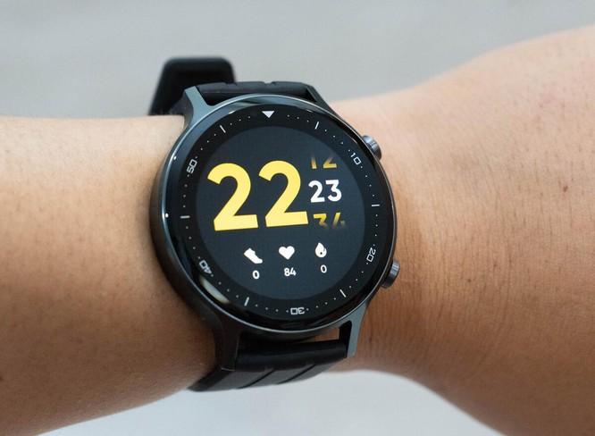 5 smartwatch giá rẻ đáng chú ý ảnh 1