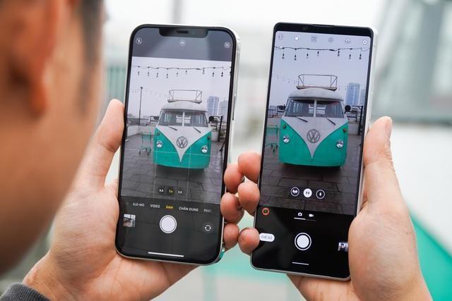 Sony Xperia 1 II đọ dáng iPhone 12 Pro Max: 30 triệu chọn smartphone nào? ảnh 7