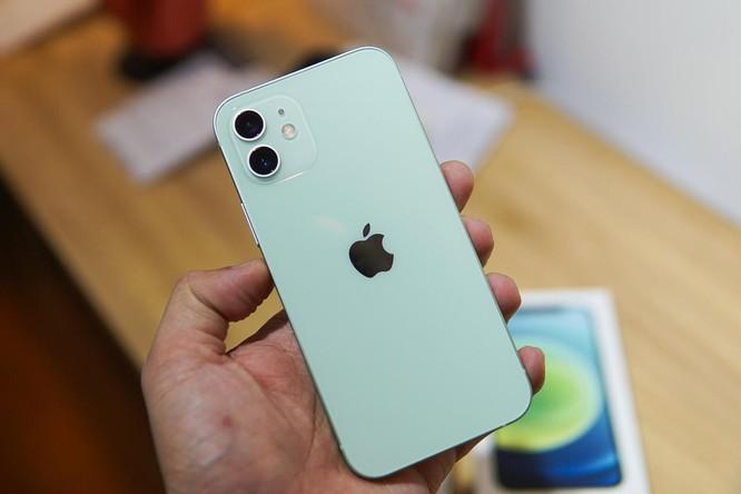 4 smartphone cao cấp giá tốt ảnh 2