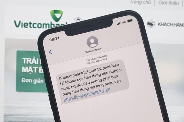 Người dùng Vietcombank nhận tin nhắn lừa đảo ảnh 1