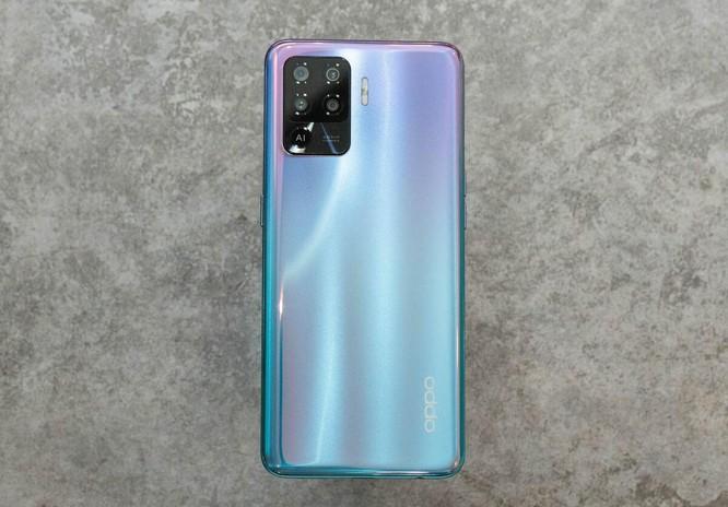 7 smartphone nổi bật bán trong tháng 4 ảnh 5