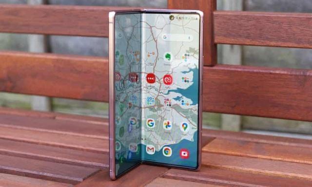 Loạt smartphone giảm giá cả chục triệu đồng đầu tháng 4 ảnh 2