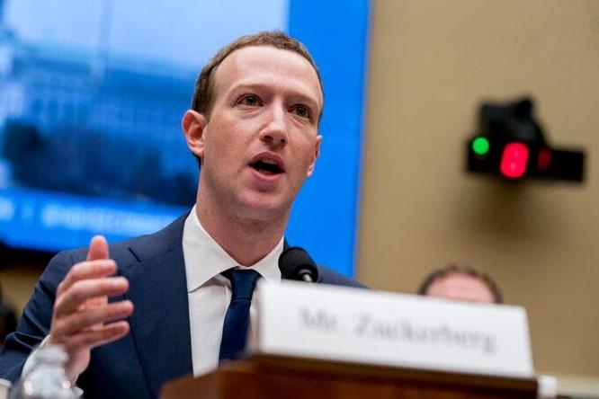 Mark Zuckerberg cũng bị lộ thông tin cá nhân ảnh 1