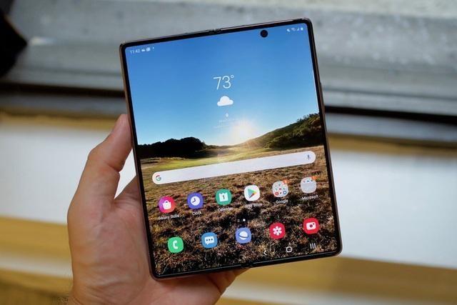 Loạt smartphone giảm giá cả chục triệu đồng đầu tháng 4 ảnh 1