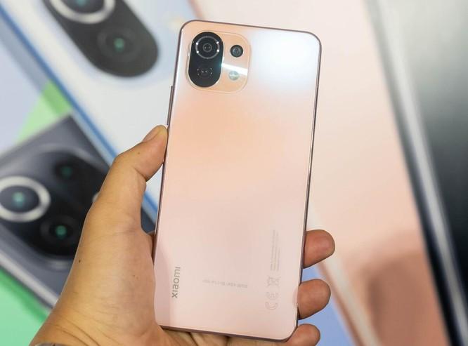 8 smartphone đáng chú ý bán trong tháng 5 ảnh 2