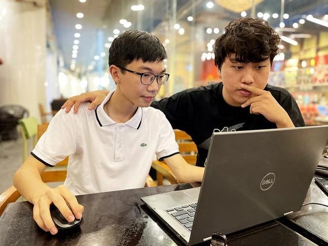 Nam sinh lớp 10 được Microsoft vinh danh ảnh 2