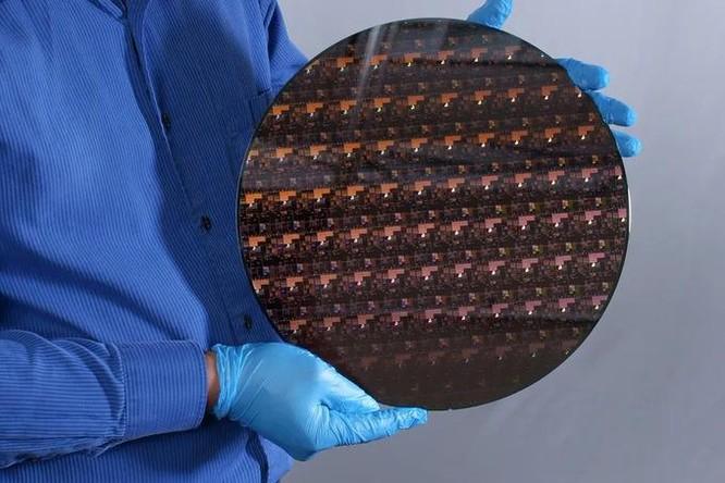IBM ra chip xử lý nhỏ nhất và mạnh nhất thế giới ảnh 1