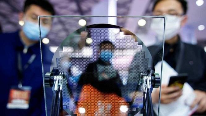 Trung Quốc sản xuất chip lạc hậu hơn 2 thế hệ so với thế giới ảnh 1