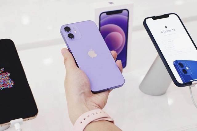 iPhone 12 liên tục giảm giá tại Việt Nam ảnh 2