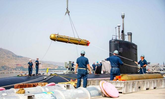 Tàu ngầm Mỹ có loạt động thái lạ nghi 'dằn mặt' Nga ảnh 2