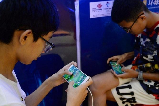 Trung Quốc hạn chế trẻ em giải trí trên mạng trong kế hoạch phát triển 10 năm ảnh 1