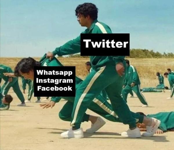Dân mạng đua nhau chế ảnh về sự cố 'mất mặt' của Facebook ảnh 5