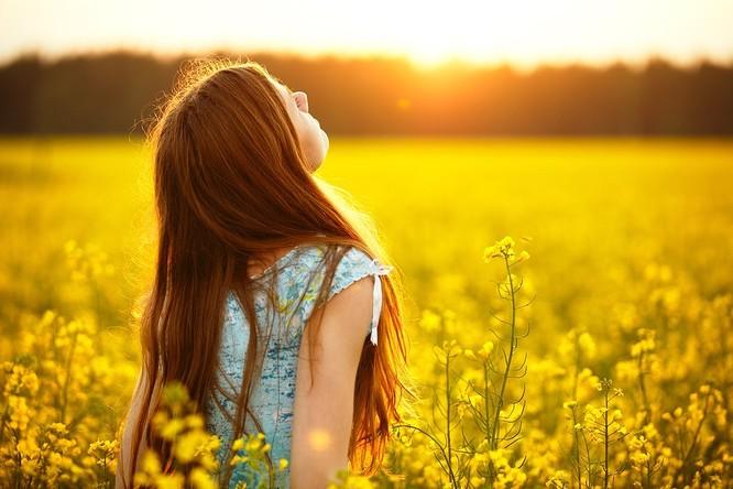 Né tránh ánh sáng Mặt trời, bạn đã bỏ lỡ cơ hội cải thiện sức khoẻ ! ảnh 2