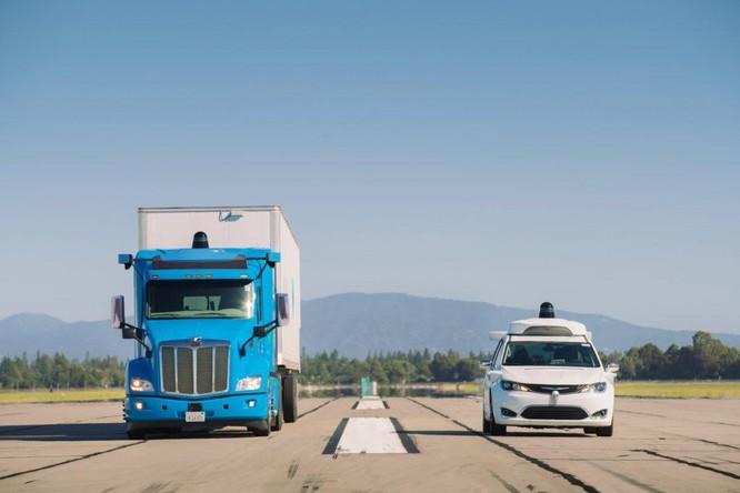 """Ngoài Apple, những """"ông lớn"""" công nghệ nào đang lấn sân sang ngành sản xuất ô tô? ảnh 2"""