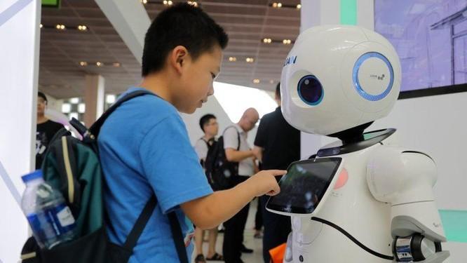 Mỹ dẫn đầu cuộc đua trí tuệ nhân tạo, Trung Quốc đuổi sát nút ảnh 2