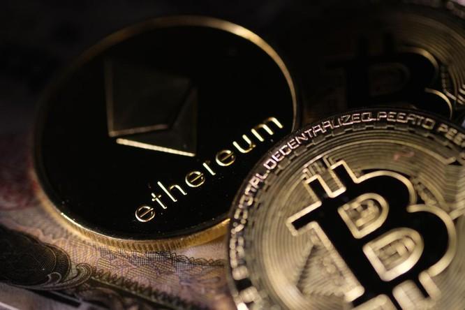 Bitcoin, Ethereum tiếp tục đạt mức cao nhất mọi thời đại mới ảnh 1