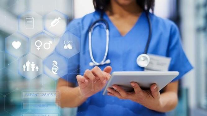 Chuyên gia của Viện khoa học ứng dụng Fraunhofer, CHLB Đức, nói về chuyển đổi số y tế ảnh 2