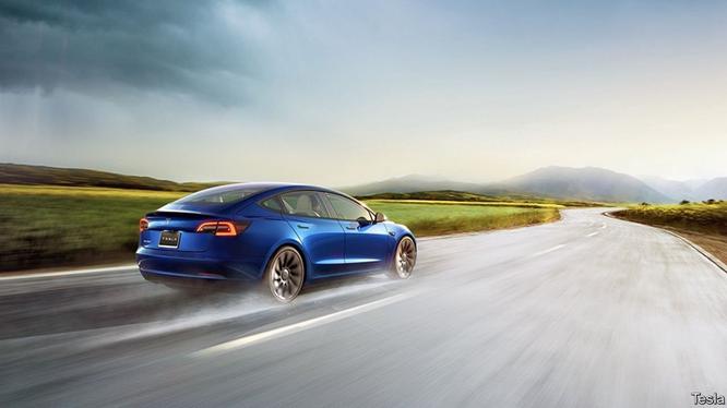 Chạy đua với Tesla ảnh 1