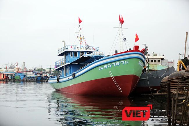 Tàu cá vỏ thép ĐNa 90767 TS được đóng theo ý kiến của ngư dân Tàu cá vỏ thép ĐNa 90767 TS được đóng theo ý kiến của ngư dân