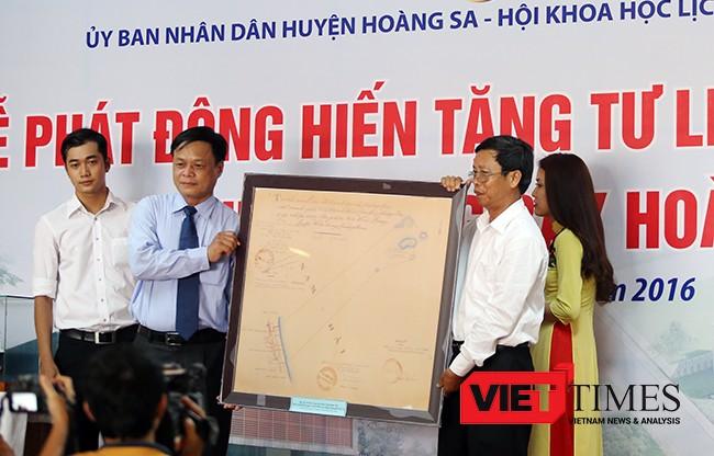 Đà Nẵng, Hoàng Sa, hiện vật, trao tặng, chủ quyền, bằng chứng pháp lý, VietTimes