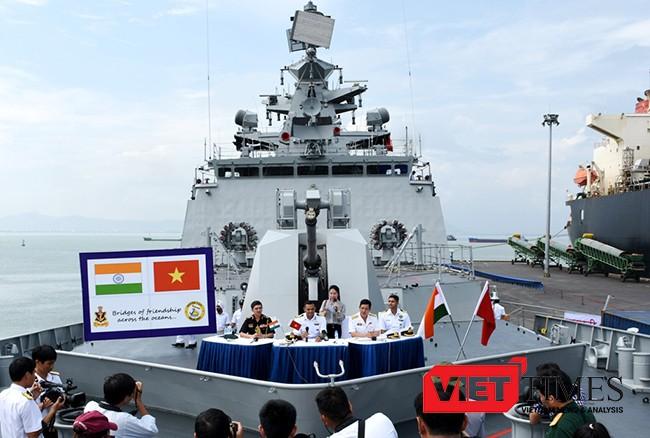 Đà Nẵng, chiến hạm, tàu quân sụ, Ấn Độ, bảo vệ bờ biển, VietTimes