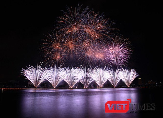 Lễ hội pháo hoa quốc, Đà Nẵng 2017, DIFF2017, Tỏa sáng Ngũ Hành Sơn, sự kiện văn hóa, ẩm thực, ấn tượng, chua từng có, VietTimes