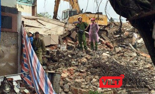 Sập công trình, tháo dở, trụ sở Báo Đà Nẵn,g 4 người thương vong, VietTimes