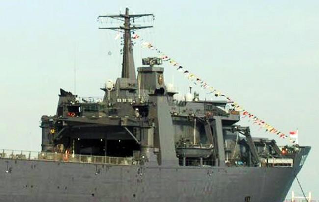 VietTimes, Hạm đổ bộ, Hải quân Singapore, RSS ENDURANCE, thăm Cam Ranh, quân sự, khí tài