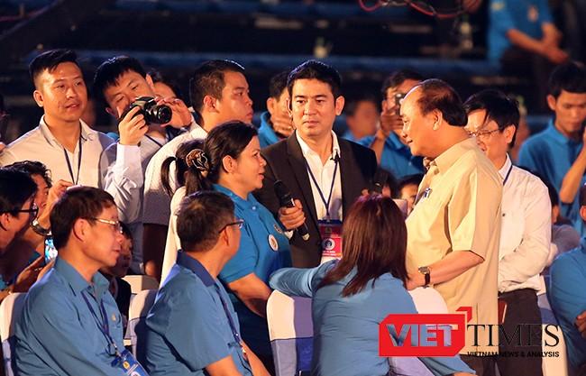 Và trước hoàn cảnh khó khăn của chị Phan Thị Tuyết Sương, Thủ tướng yêu cầu cấp ngay căn hộ cho công nhân có hoàn cảnh khó khăn