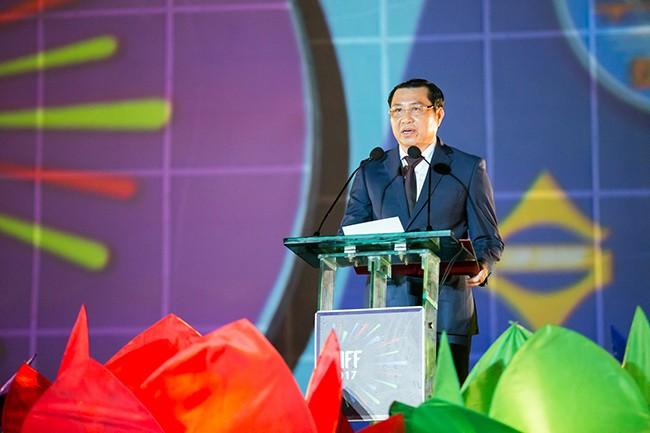 Chủ tịch UBND TP Đà Nẵng Huỳnh Đức Thơ phát biểu khai mạc DIFF 2017