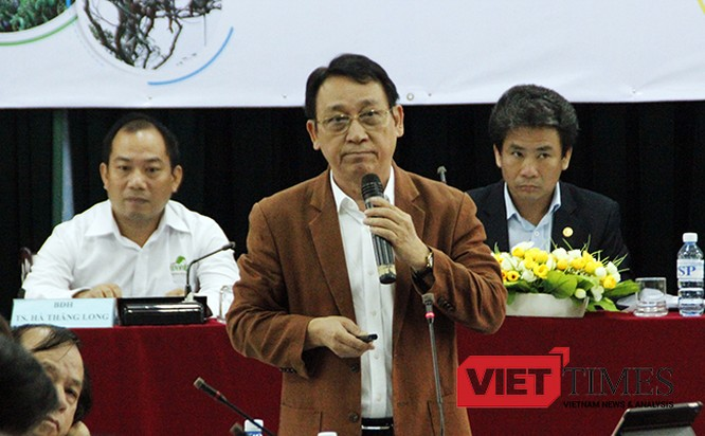 ông Huỳnh Tấn Vinh, Chủ tịch Hiệp hội Du lịch Đà Nẵng chia sẻ tham luận tại Hội thảo chuyên đề về bảo vệ đa dạng sinh học tại Sơn Trà