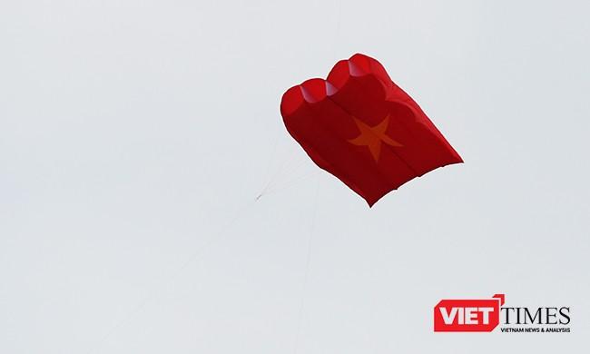 Ảnh: Ngắm những cánh diều tại Festival Diều quốc tế Quảng Nam năm 2017 ảnh 11