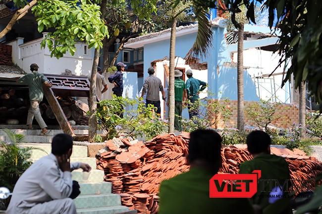 Khu biệt phủ được cơ quan chức năng xác nhận đã tháo dỡ 80% các hạng mục công trình vi phạm, các hạng mục xây dựng kiên cố đã được đập phá