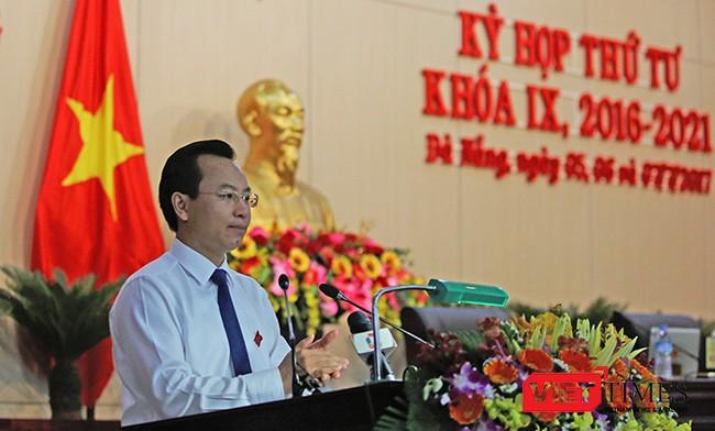 Bí thư Thành ủy, Chủ tịch HĐND TP Đà Nẵng Nguyễn Xuân Anh phát biểu tại Kỳ họp
