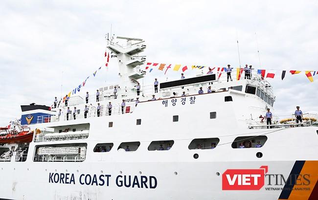 Tàu Badaro được trang bị thiết bị điện tử hiện đại, đáp ứng yêu cầu nhiệm vụ và huấn luyện
