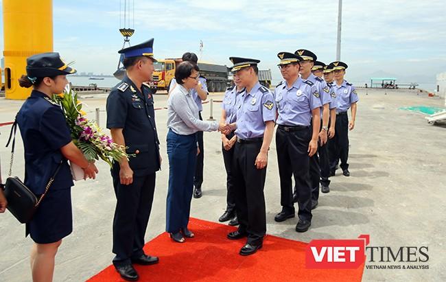 Lễ đón tàu Badaro được tiến hành ngay tại Cảng Tiên Sa