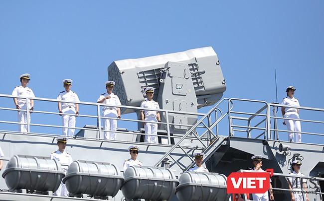 Cận cảnh uy lực của bộ đôi tàu khu trục Hải quân Hàn Quốc tại Đà Nẵng ảnh 12