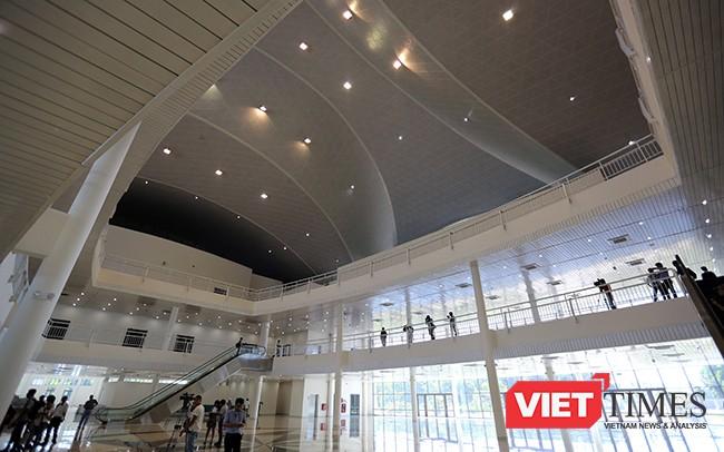 Ngắm Trung tâm báo chí Quốc tế phục vụ APEC 2017 ở Đà Nẵng ảnh 16