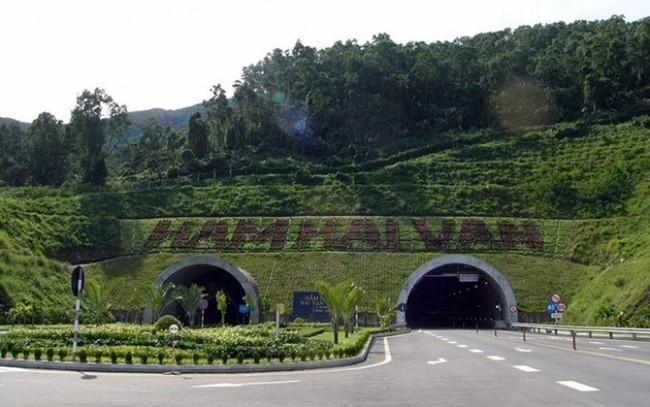 Hầm đường bộ Hải Vân được giao cho Công ty CPĐT Đèo Cả vận hành hầm 1 và đầu tư, mở rộng hầm 2 để khai thác
